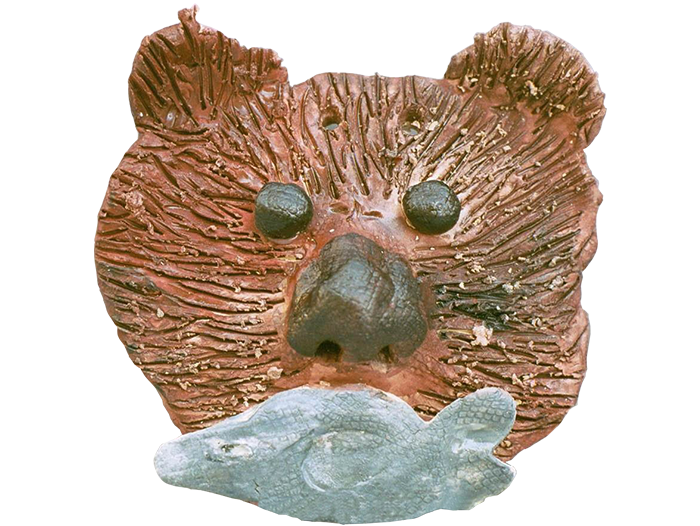 Inuit-Mask-Bear