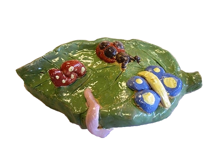 bugs-on-a-leaf
